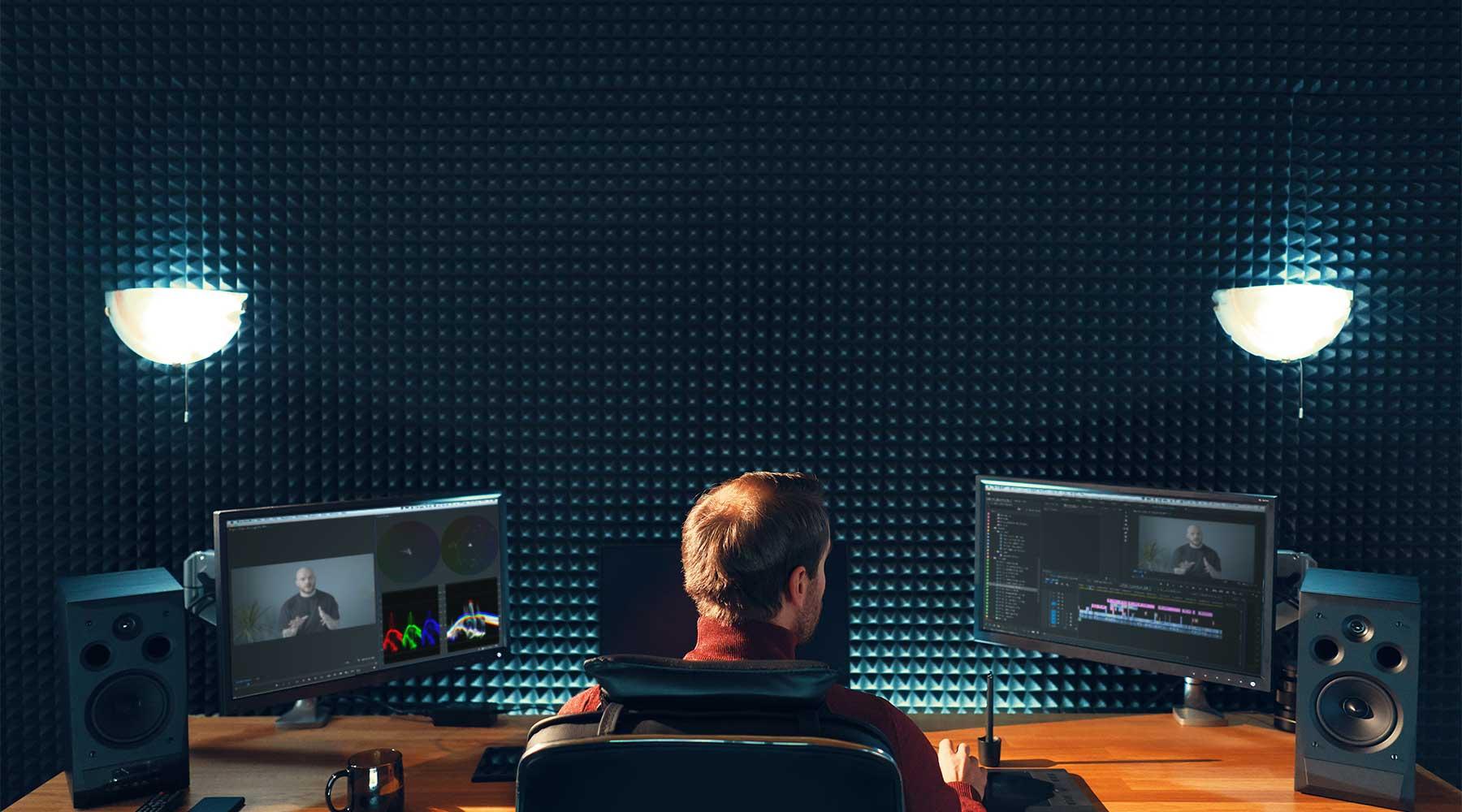 Premiere-Pro-Editor-in-edit-suite